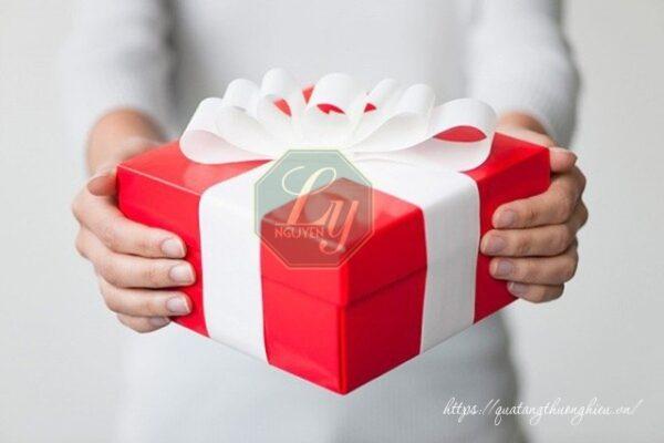cách chọn quà tặng có ý nghĩa