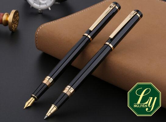 Tặng bút có ý nghĩa gì
